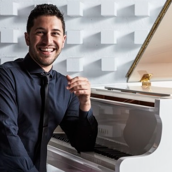 Winner of the 2019 American Pianists Awards